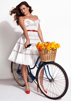 Cote de Pablo on a cruiser bike